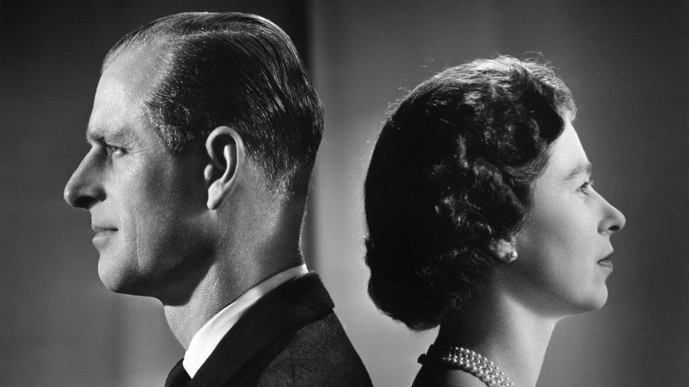 Prins Philip og dronning Elizabeth på Buckingham Palace i 1958