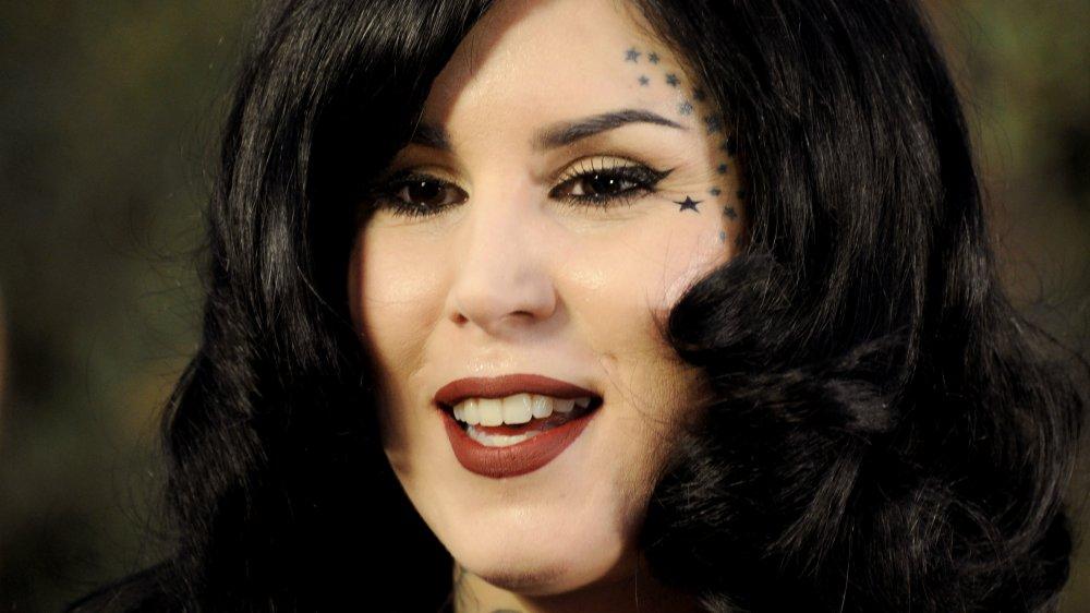 Kat Von D smiler
