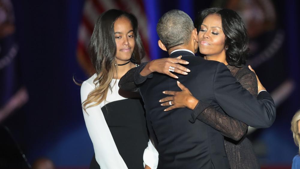 Malia, Barack, Michelle Obama