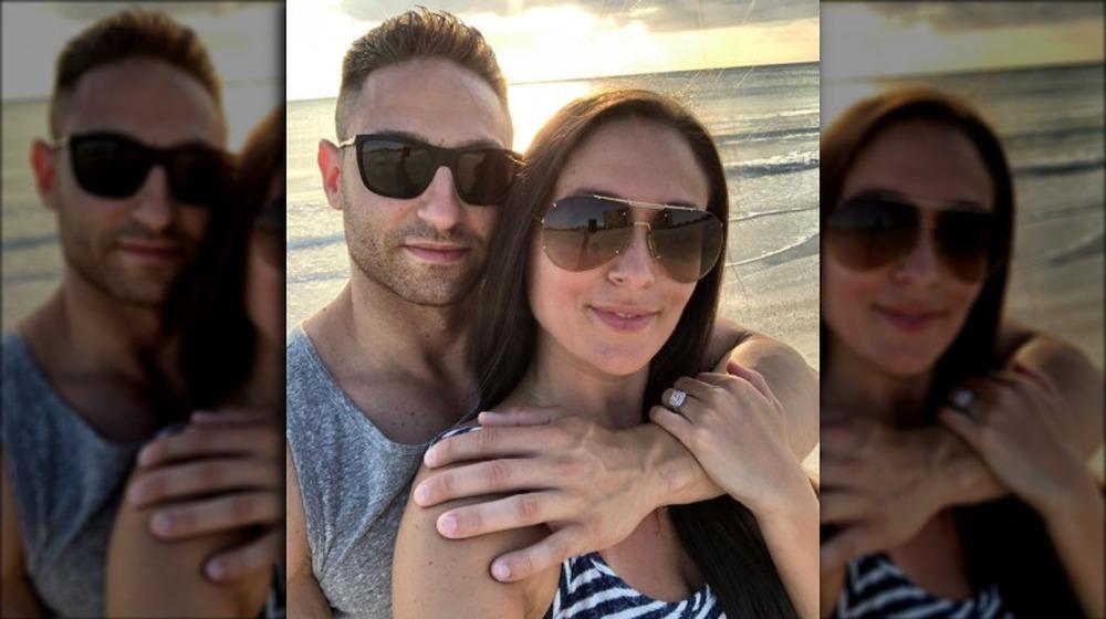 Christian Biscardi og Sammi Giancola på stranden