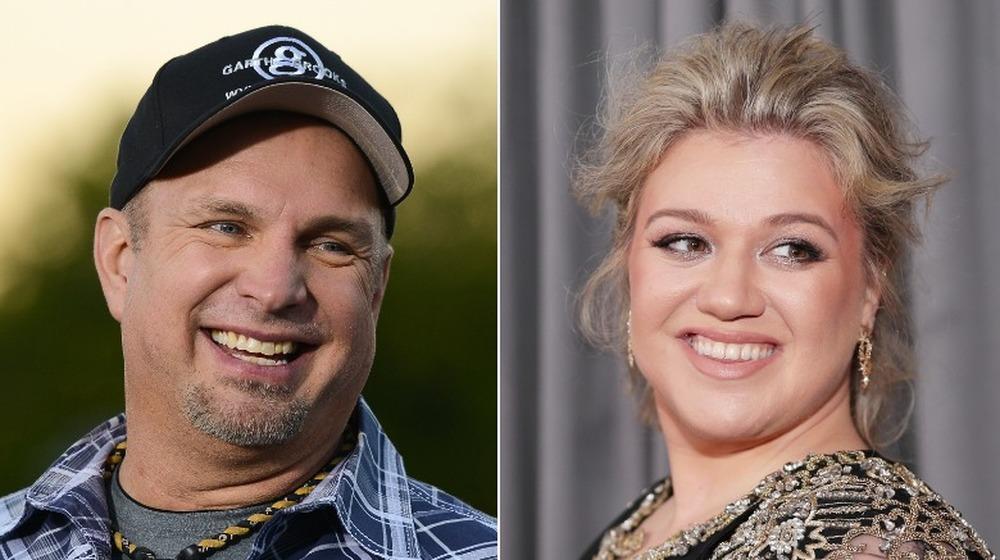 Garth Brooks og Kelly Clarkson smiler