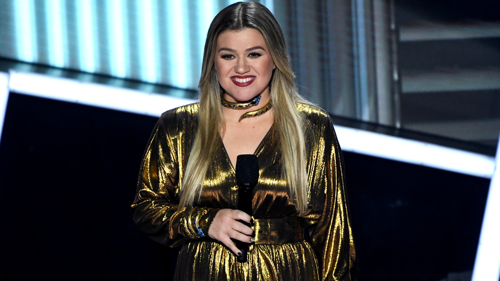 Kelly Clarkson vert