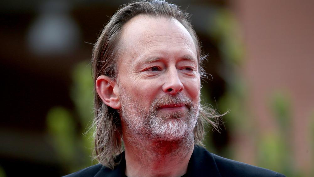 Thom Yorke gliser