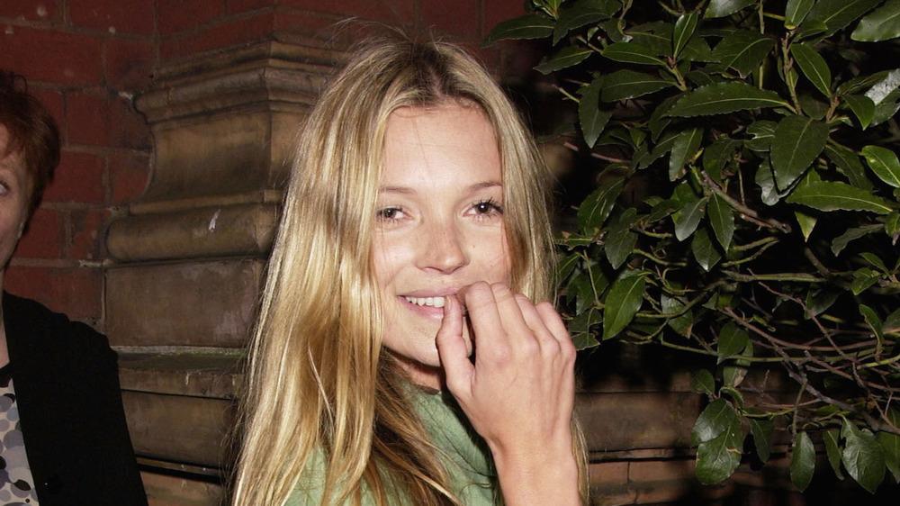 Kate Moss smiler