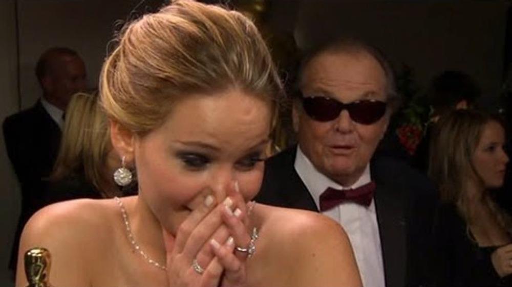 Jack Nicholson krasjer intervju med Jennifer Lawrence Oscar