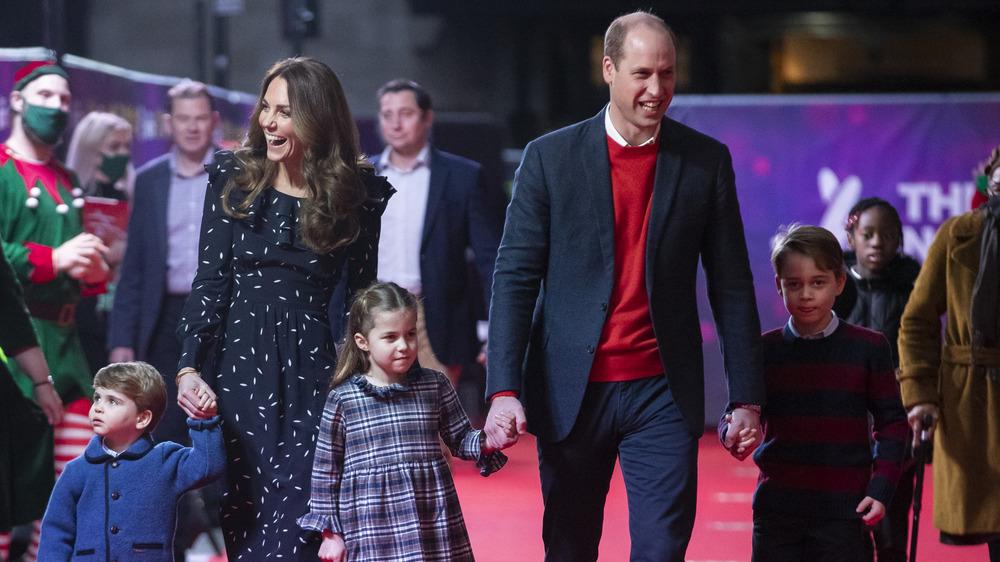 Kate Middleton og prins William med barna sine