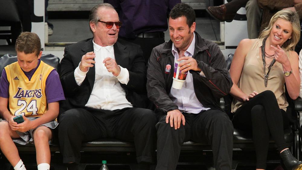 Jack Nicholson med Adam Sandler på basketballkamp