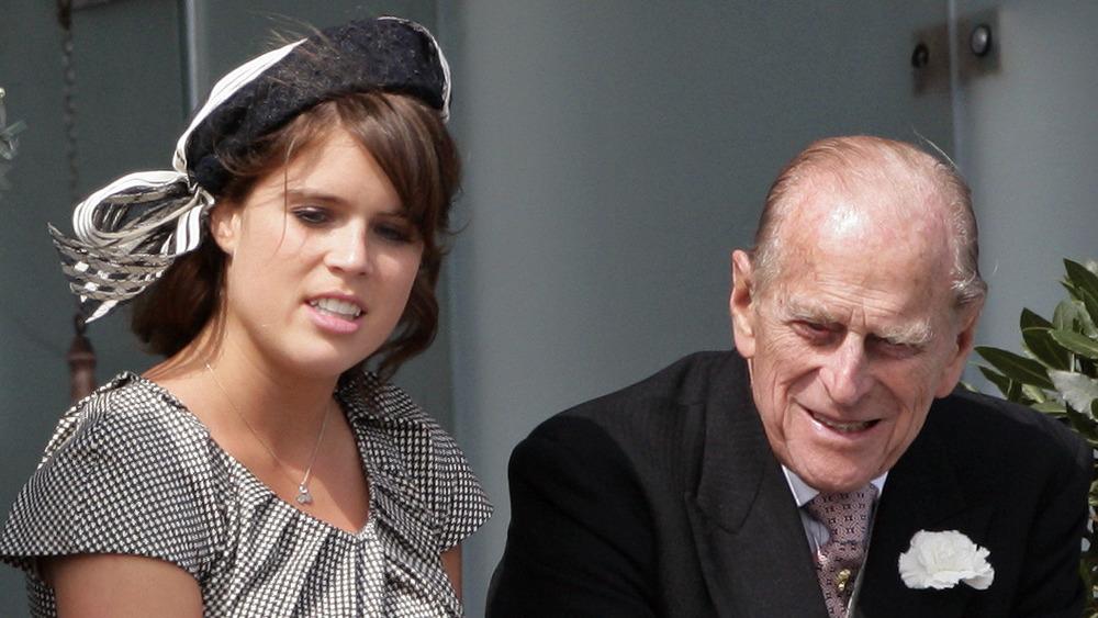 Prinsesse Eugenie og prins Philip på et arrangement