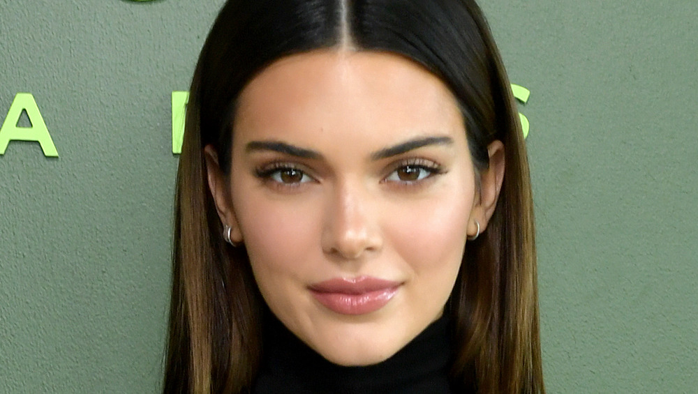Kendall Jenner poserer