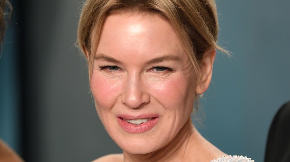 Renée Zellweger smiler