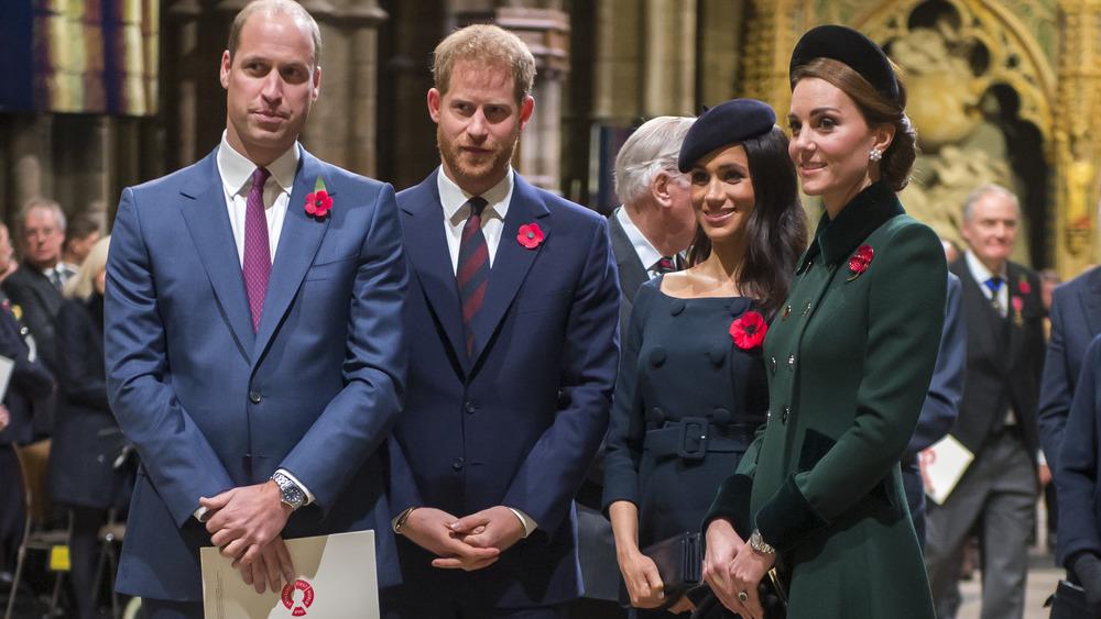 Prins Willliam, prins Harry, Meghan Markle og Kate Middleton på et arrangement