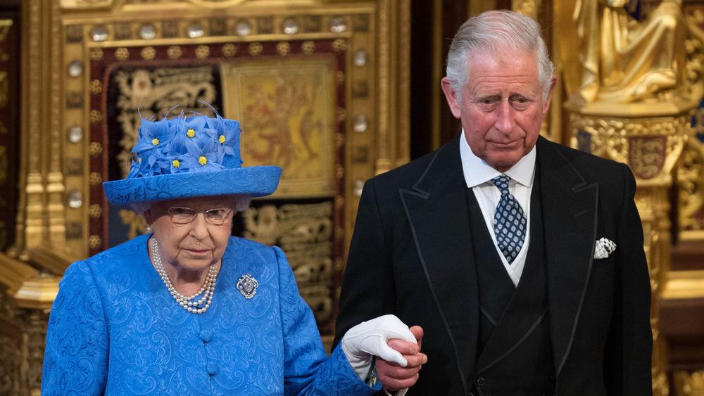 Dronning Elizabeth prins Charles dyster