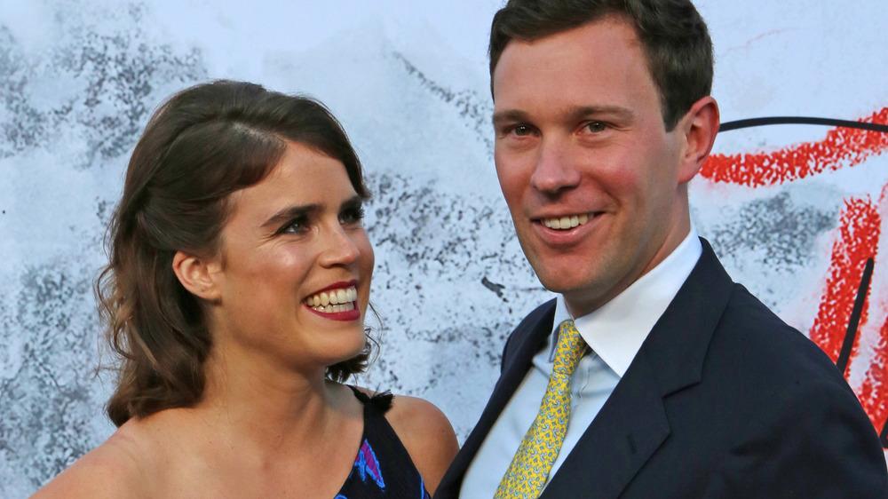Prinsesse Eugenie smiler til ektemannen Jack Brooksbank