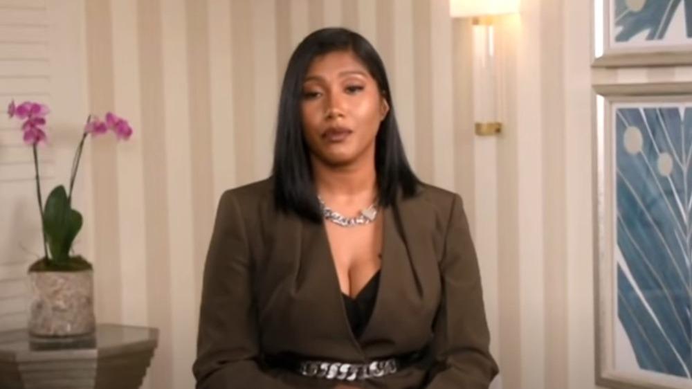 Taylor Simone Ledward snakker på NAACP Image Awards