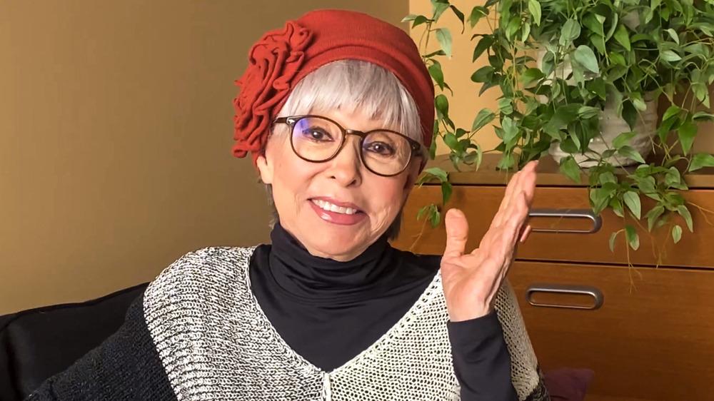 Rita Moreno snakker