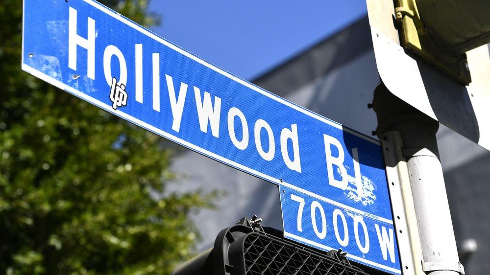 Hollywood Blvd gateskilt