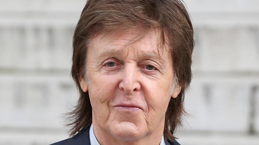 Paul McCartney utendørs