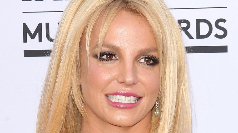Britney Spears på den røde løperen til Billboard Music Awards