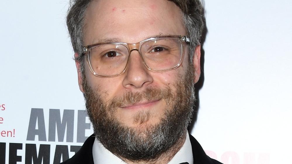 Seth Rogen bruker briller