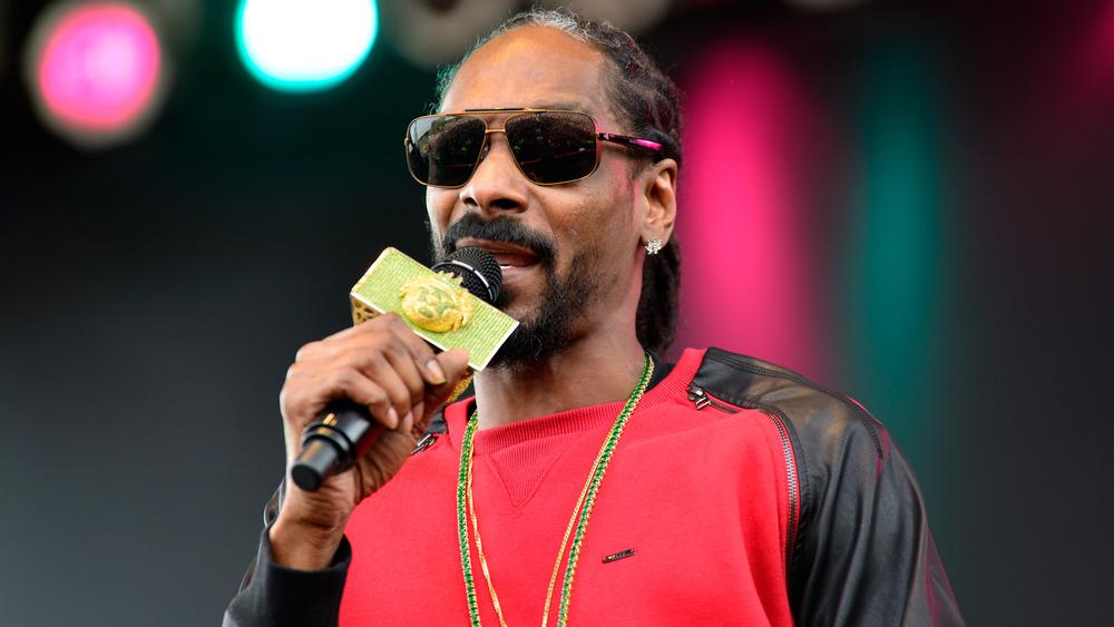 Snoop Dogg opptrer
