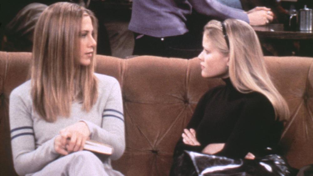 Jennifer Aniston og Reese Witherspoon på 'Friends'
