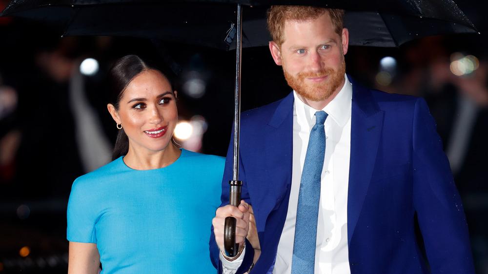 Prins Harry Meghan Markle paraply