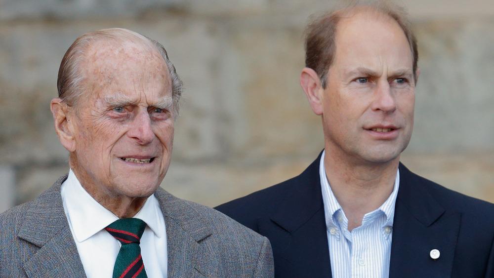 Prins Philip og prins Edward stirrer