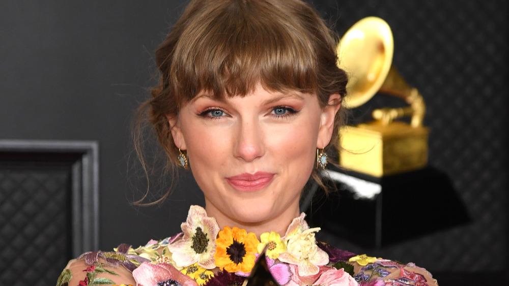 Taylor Swift, vinner av Årets album for 'Folklore' 14. mars 2021