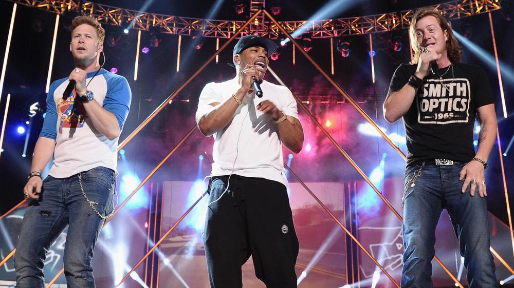 Nelly på scenen med Florida Georgia Line