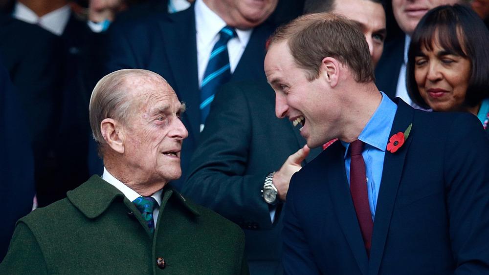 Prins William og prins Philip chatter