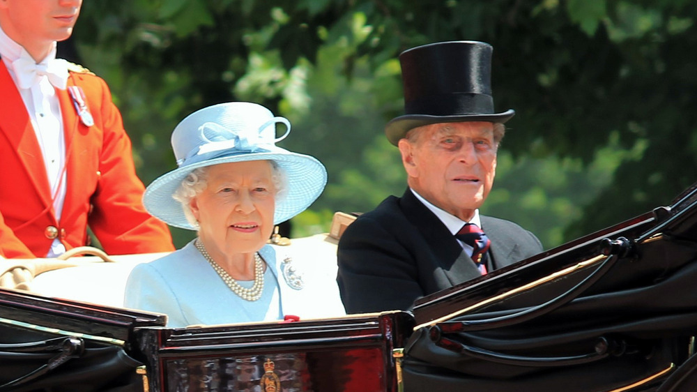 Prins Philip, dronning Elizabeth, smiler