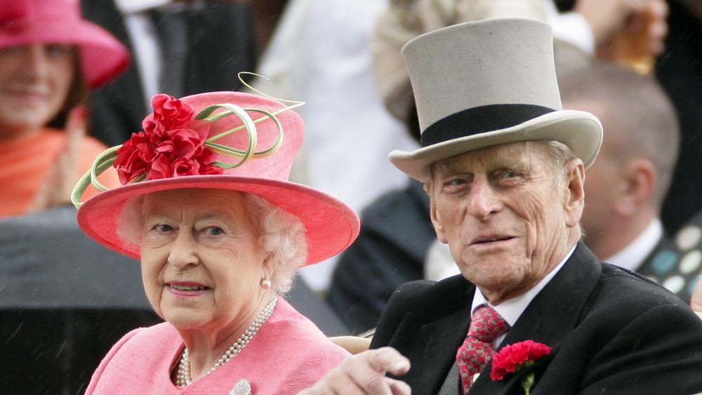 Dronning Elizabeth II og prins Philip bil