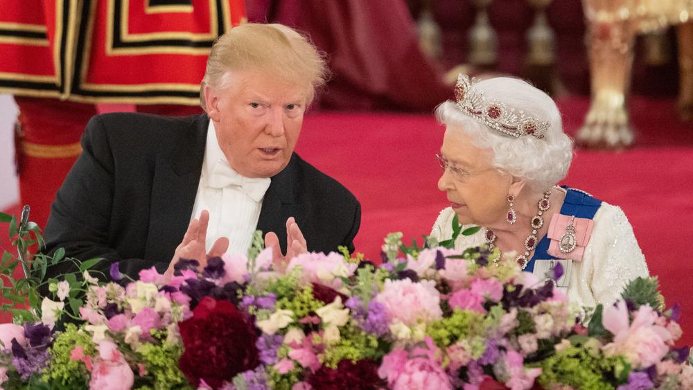 Donald Trump og dronning Elizabeth deltar på statsbankett