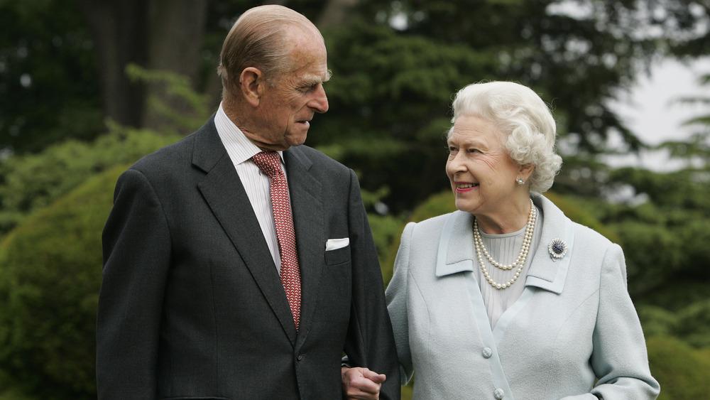 Prins Philip og dronningen går sammen