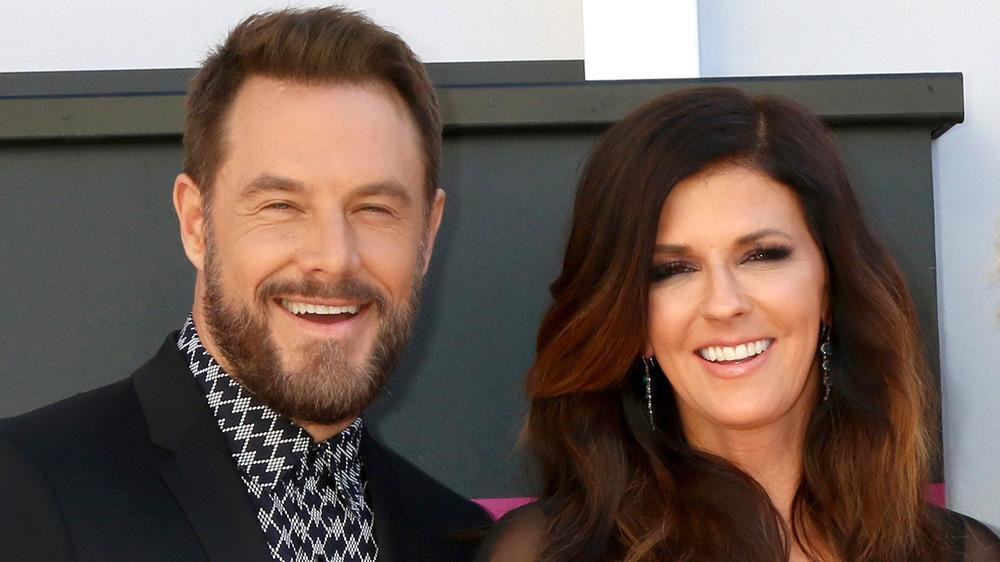 Karen Fairchild og Jimi Westbrook smiler