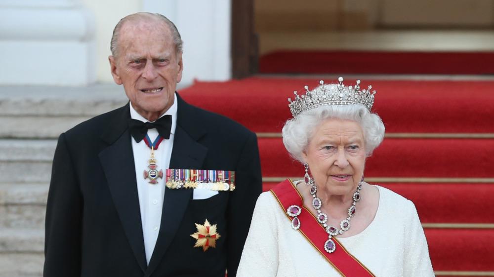 Dronning Elizabeth og prins Philip på statsbanketten til ære for dem i Schloss Bellevue-palasset i Tyskland i 2004