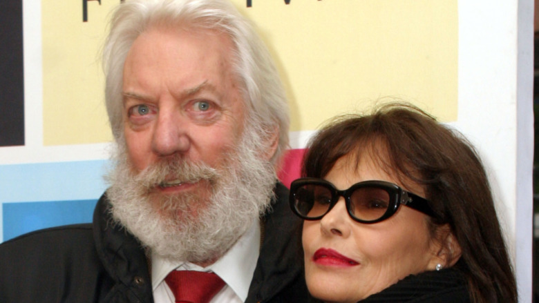 Donald Sutherland og Francine Racette, italiensk jobbfilm, har premiere på rød løper