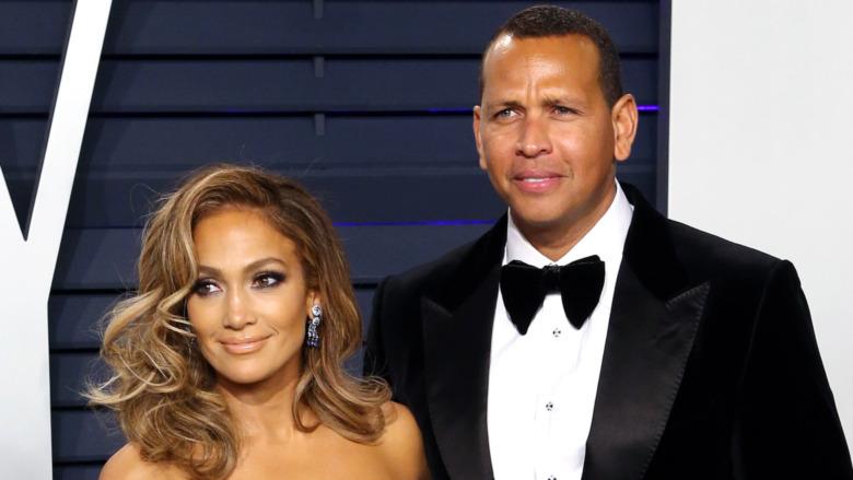 Jennifer Lopez og Alex Rodriguez poserer