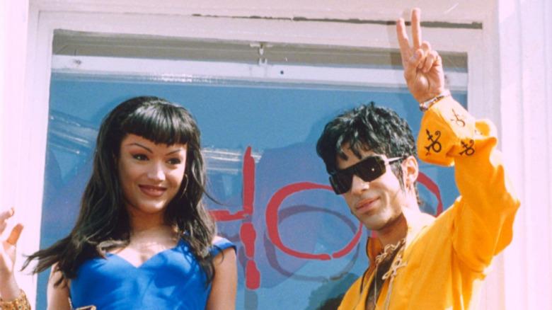 Mayte Garcia og Prince på balkongen