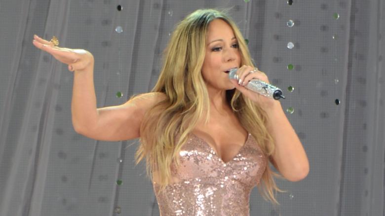 Mariah Carey opptrådte på 'Good Morning America' i 2013
