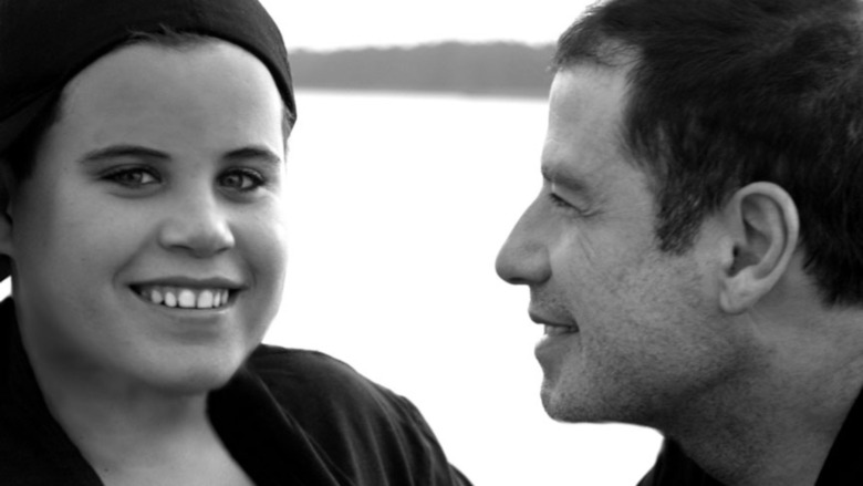 John Travolta smiler til sønnen Jett