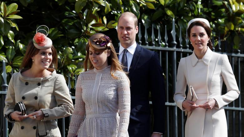 Prinsesse Eugenie, prinsesse Beatrice, prins William og Catherine, hertuginne av Cambridge, deltar i påsketjenester