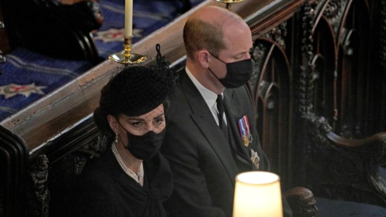 Kate Middleton i bilen til begravelsen til prins Philip