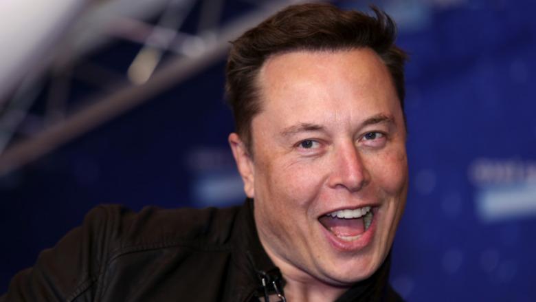 Elon Musk med et åpent munnuttrykk