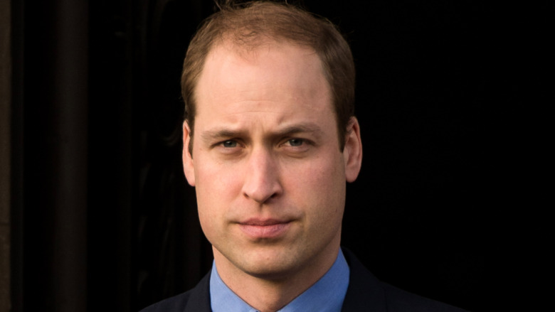 Prins William blå skjorte