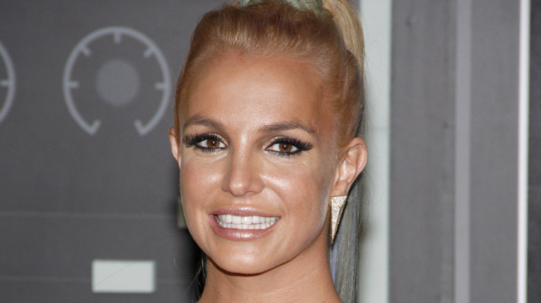 Britney Spears tan