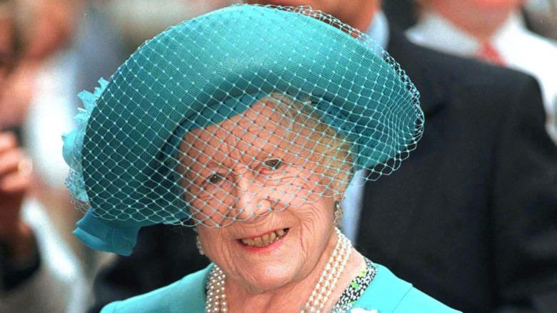 Dronningmor grønn hatt