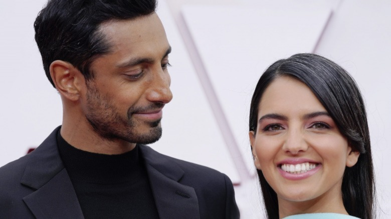 Riz Ahmed og Fatima Farheen Mirza deltar på den 93. årlige Oscar-utdelingen 25. april 2021