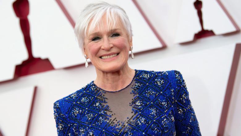 Glenn Close smiler til Oscar-utdelingen 2021