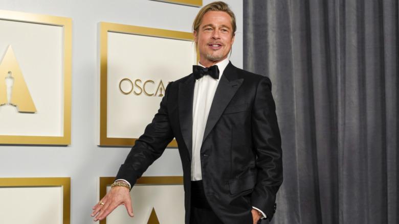 Brad Pitt stiller i presserommet på Oscar-utdelingen